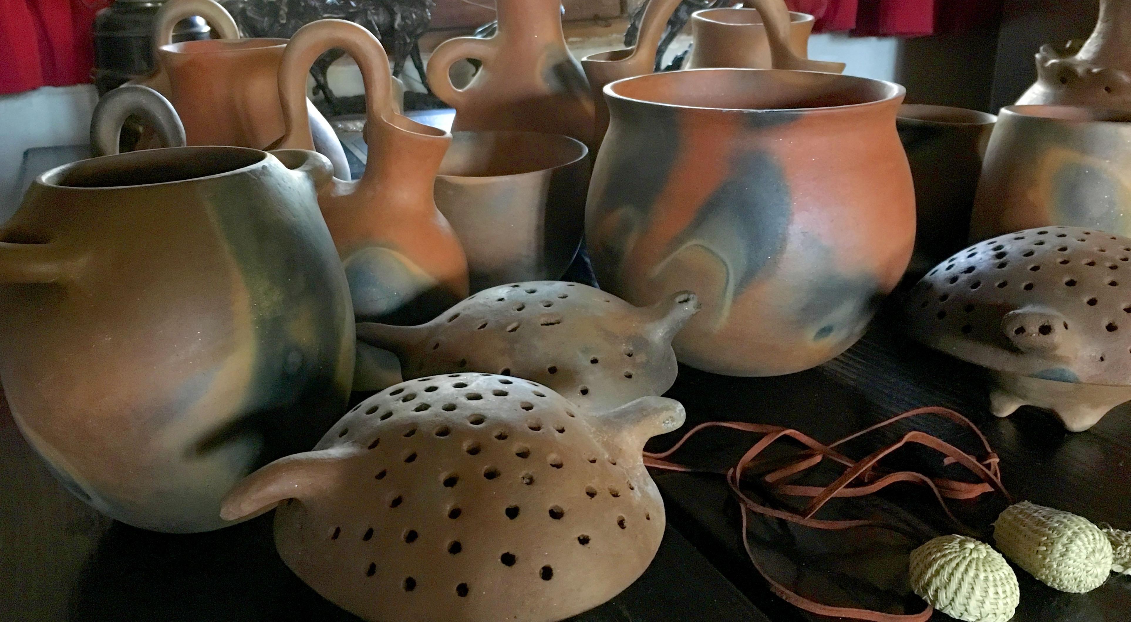 Daria Mariscal, Koatl Kumeyaay Paipai, Pottery