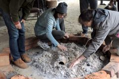 digging-out-pots-3-768x768